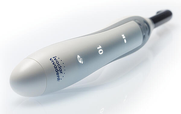 Is There Such a Thing as a Smart Curing Light? There is now.